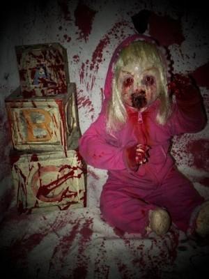 Кукла с шестью пальцами
