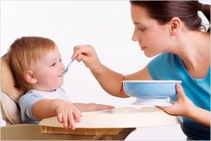 Детки: питание до года