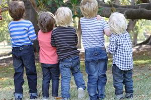 Как выбрать ребенку джинсы